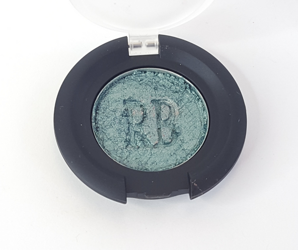 100% pure mineral eye shadow pressed powder in teal shimmer