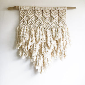Macrame with feathers