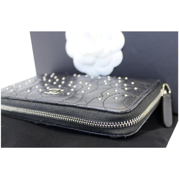 CHANEL Camellia Long Zippy studded Wallet Black-US