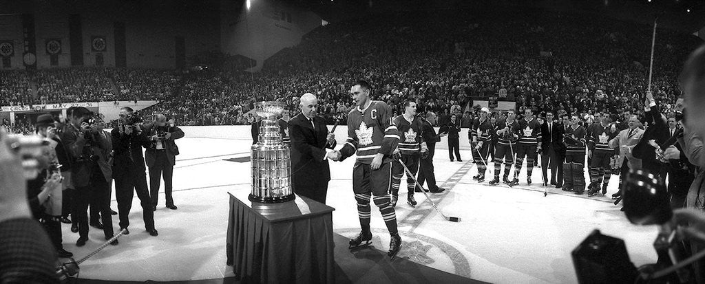 The Leafs take the '64 Cup