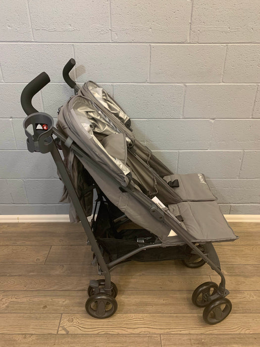secondhand Joovy TwinGroove Ultralight Double Stroller, 2018
