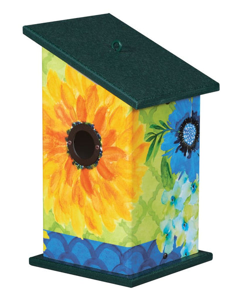 Fresh and Pretty Birdhouse