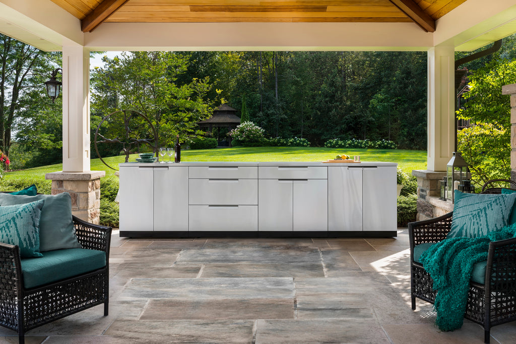 "Classic Stainless Steel / Include Countertops / 40"" Grill Cabinet"