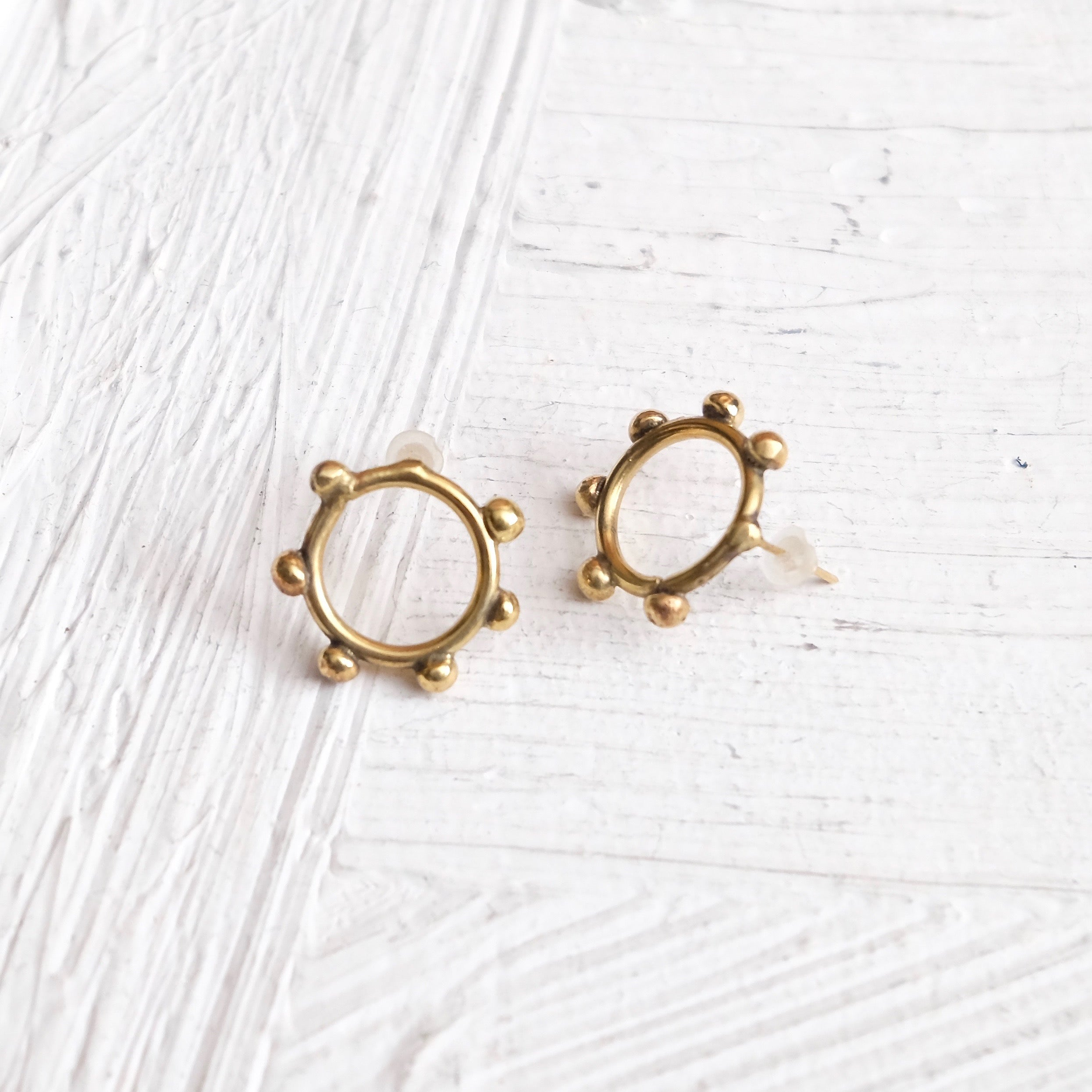 Hebba Circle Stud Earrings