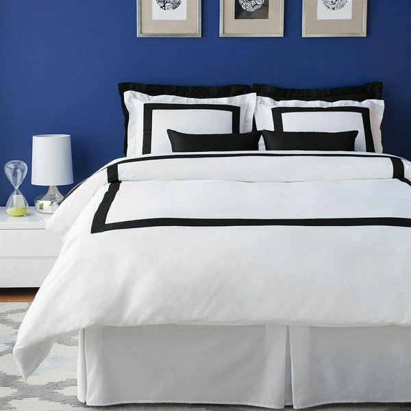 LaCozi Boutique Hotel Collection Black Duvet Cover Set