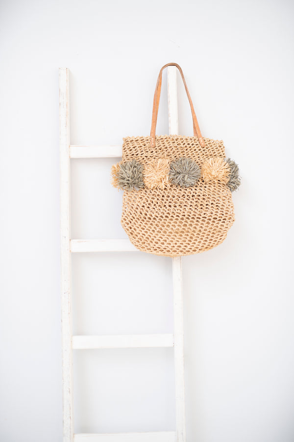 Raffia tote with flowers - Emma - Natural with grey