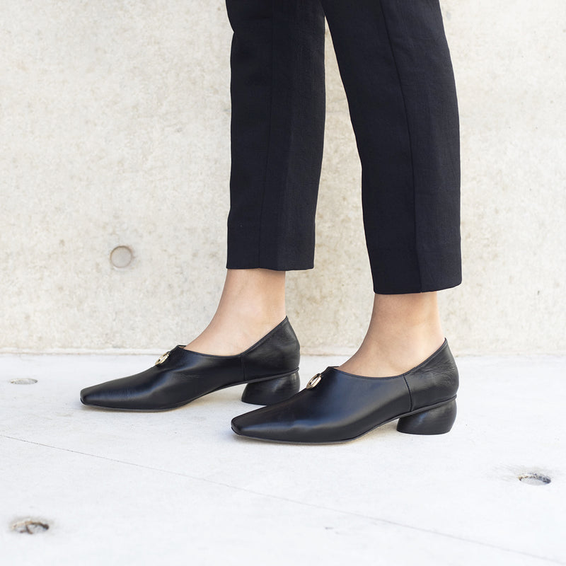 JACINDA Leather Loafers - Black