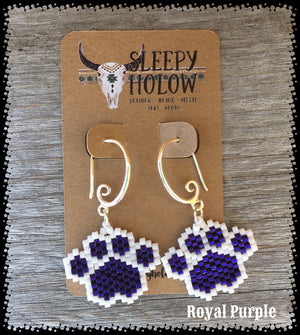 beaded paw print-paw print earrings-beaded paws-dog lover jewelry-paw earring-beaded earrings-purple paw prints