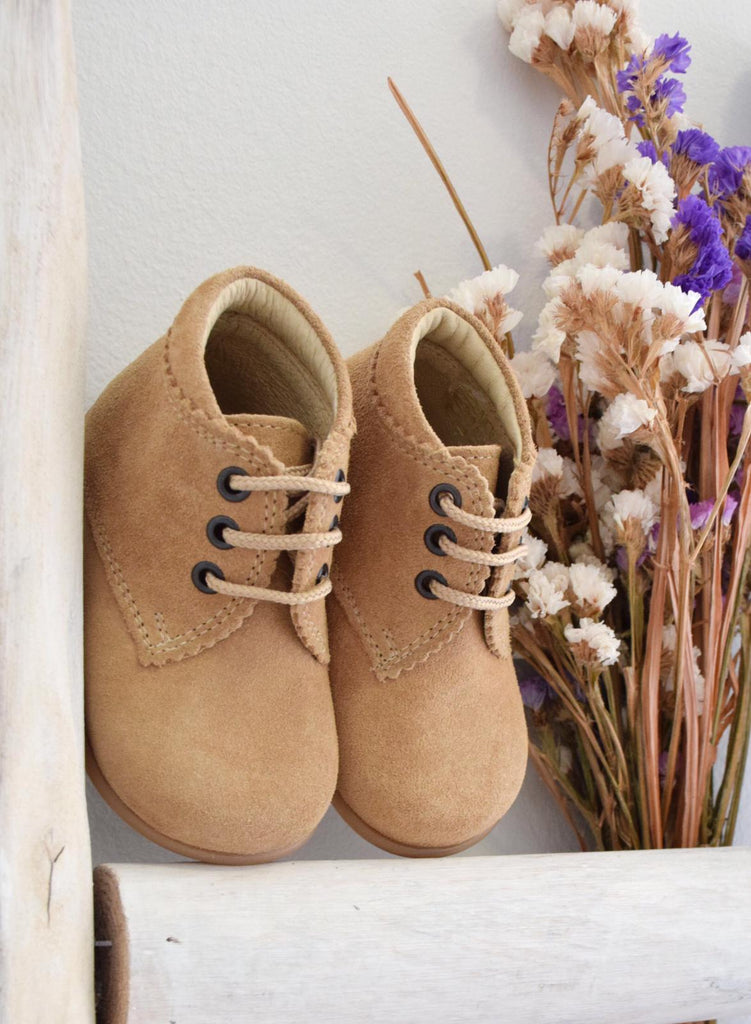 Suede boots - tan