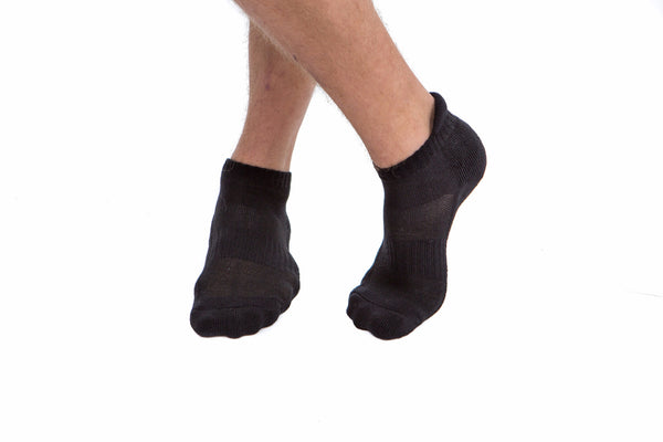 2 PAIRS - Black Athletic Socks