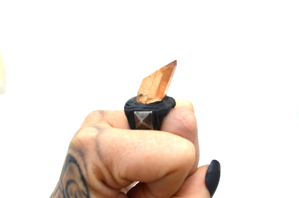Sale! TANGERINE QUARTZ: Adjustable Point Ring