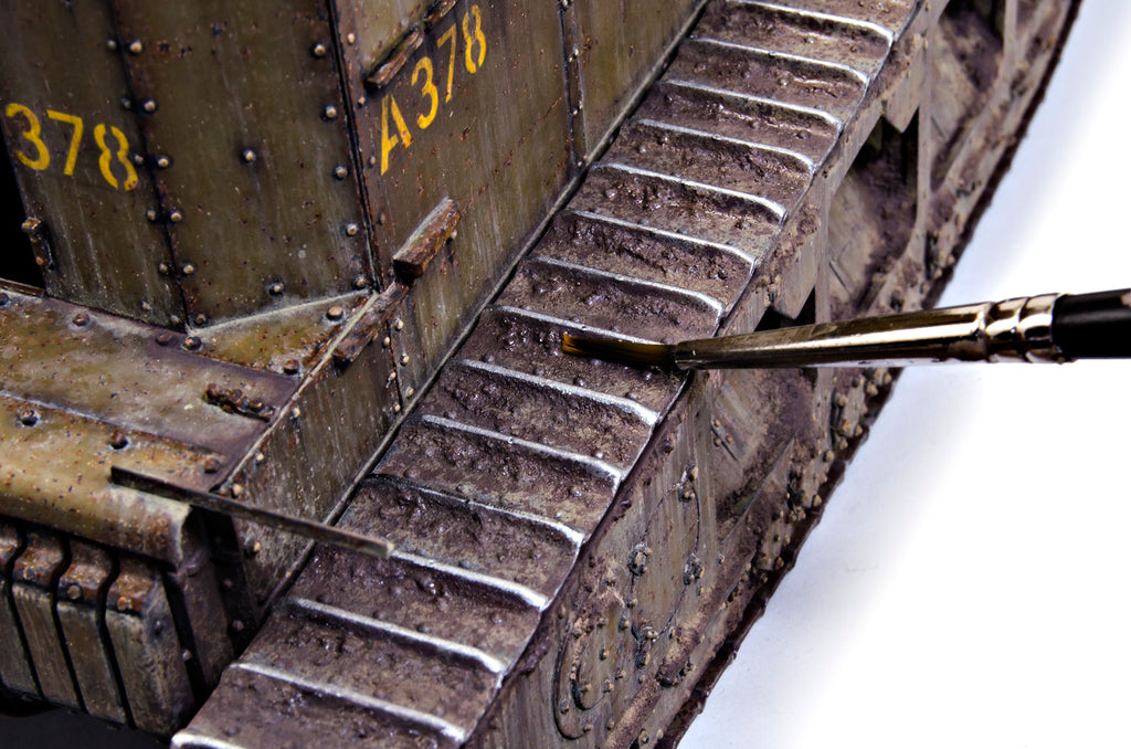Painting and weathering the Whippet - Chapter 6 - Tracks