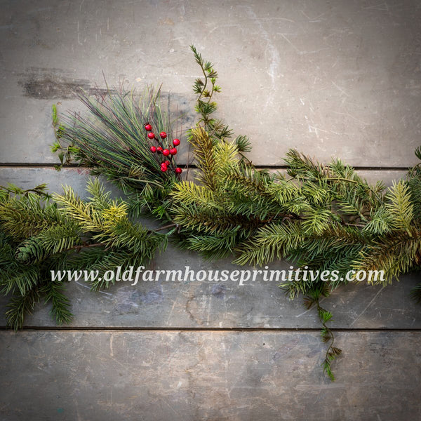 #RH34 6' Mixed Pine Garland With Berries