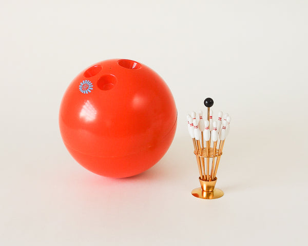 § 70's Retro Bowling Ball Ice Bucket