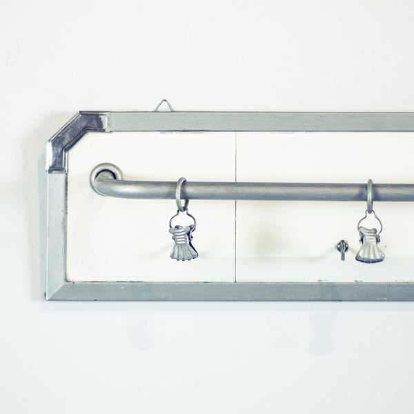 Oddhaus Vintage French Farmhouse Industrial Shabby Chic Towel Rack