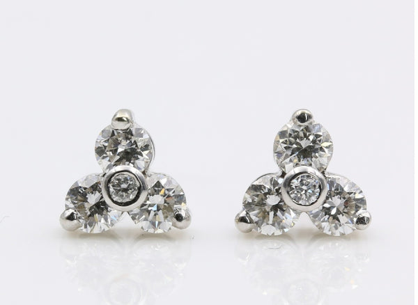 DIAMOND CLUSTER EARRINGS 14K WHITE GOLD
