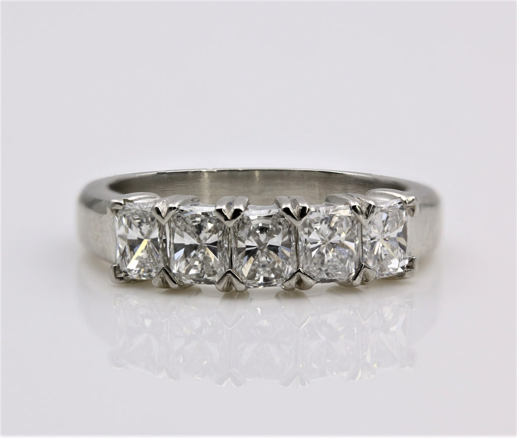 DIAMOND RING RADIANT CUT DIAMONDS PLATINUM