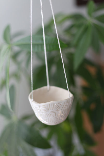 Hanging Planter- White carved pattern