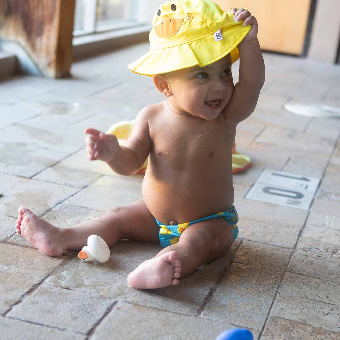 ZOOCCHINI UPF50+ Baby Swim Diaper & Sun Hat Set - Puddles the Duck