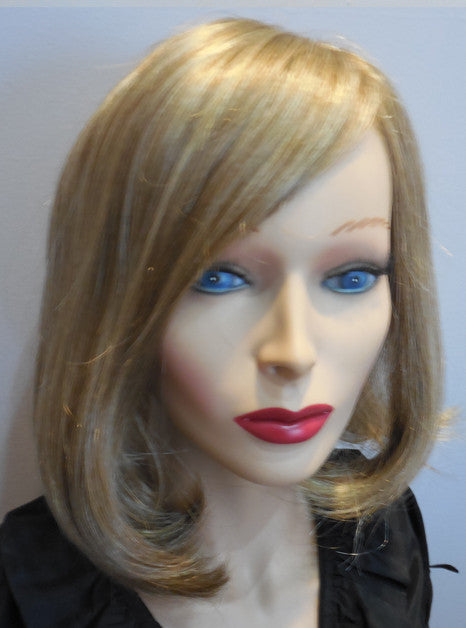 "Clearance Display Wig | 100% Hand-tied Shoulder Length Bob ""Lob"" 