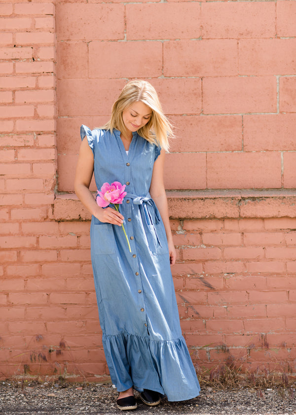 Women's Button Front Denim Maxi Dress with Waist Tie