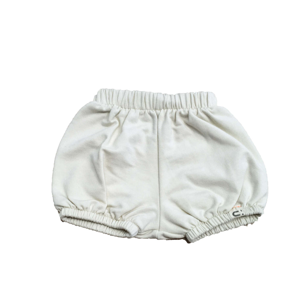 LPM_lesptitsmosus-short_bloomers_puff_handmade_faitmain_quebec_AW18_fashion-car_voiture