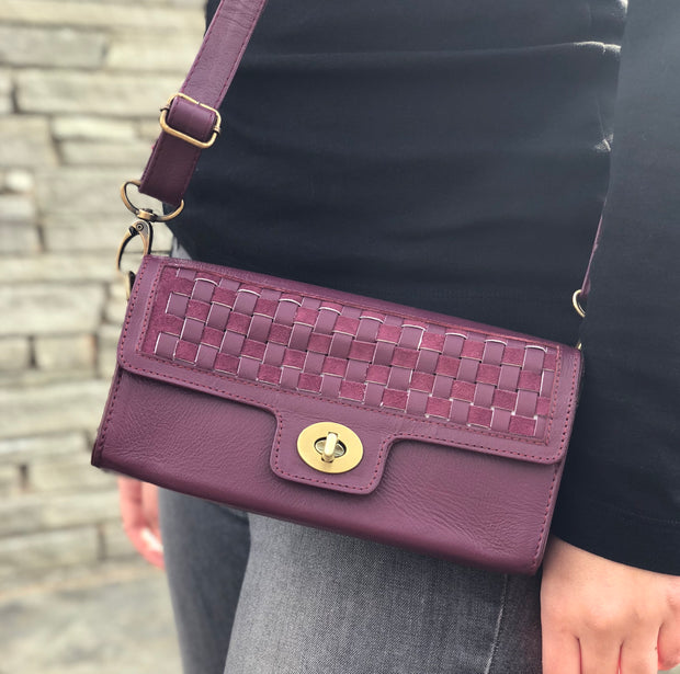 Nicole fanny pack with leather weaving, grey and magenta and converts to crossbody