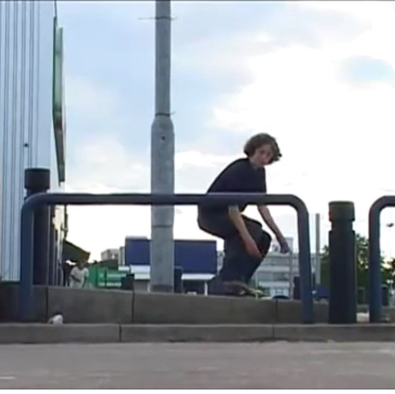 Mike Wright 'Baghead Flats' part - By Ben Powell & Ryan Gray - Throwback Thursday