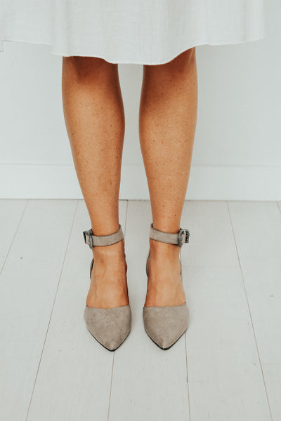 Women's d'orsay pump in grey