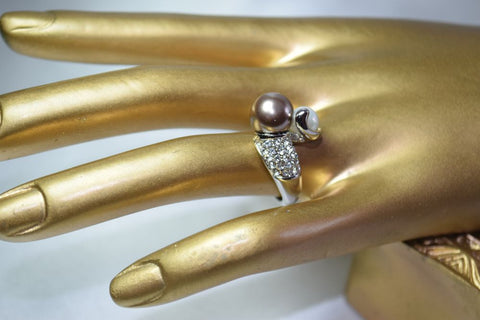 RG19 Double colour simulated pearl ring