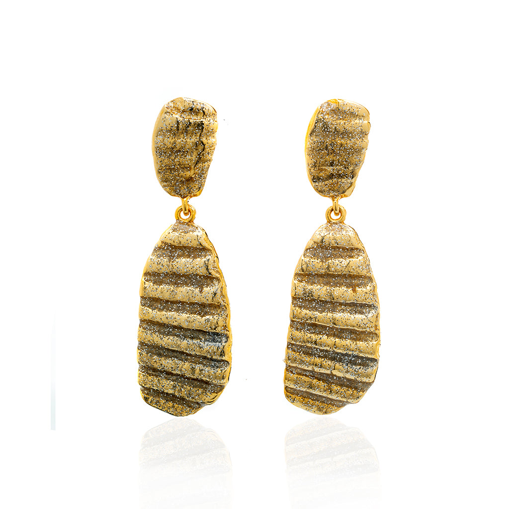 Medium Ridged Shell Drop Oval Earring Gold Stardust