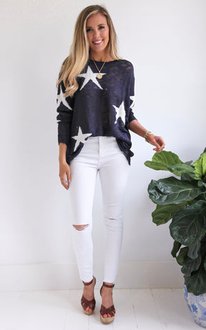 ELLE LAIN - STAR SWEATER