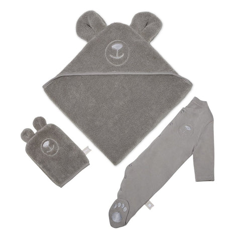 Hooded towel, wash mitt and slepsuit set in a bear design.