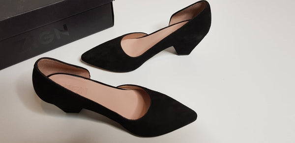 ZIGN Black Low Heel Pumps Made in Spain