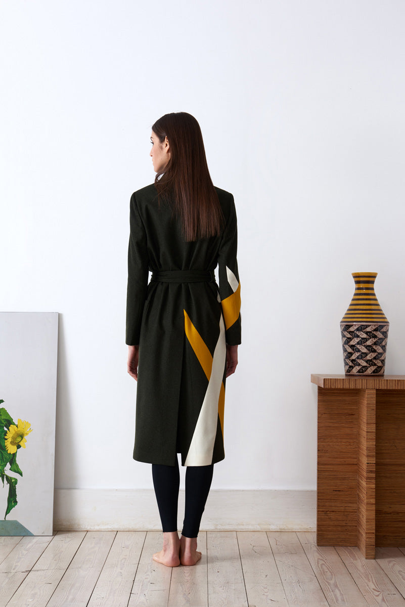 Robe with geometric insert in loden fabric