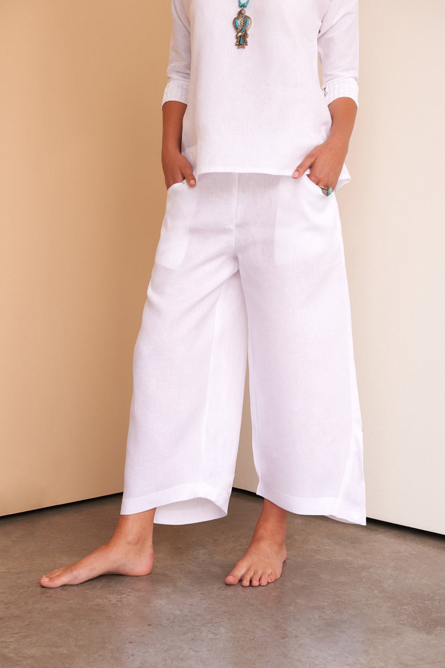 ladies white linen trousers