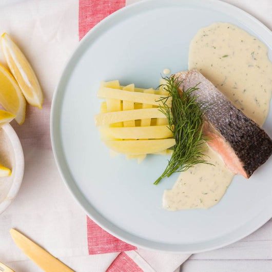 Grilled Atlantic Salmon Fillet, Lemon & Dill Cream Sauce & Steamed Potato