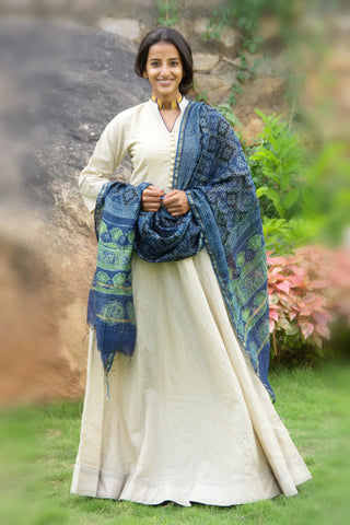 Antique White Tunic With Dupatta - The Ethnic Fix - Dubai - UAE