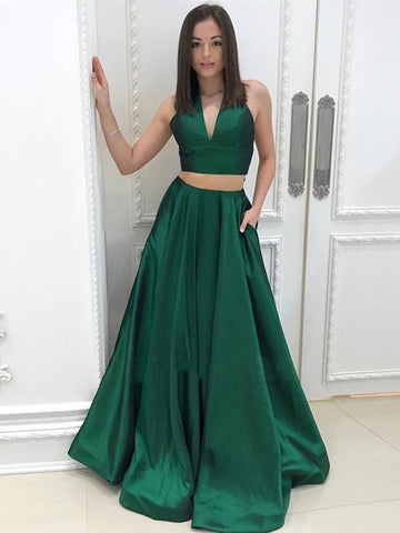 products/A_Line_Halter_V_Neck_Two_Pieces_Backless_Green_Prom_Dresses_with_Pocket_Two_Pieces_Green_Formal_Dresses_Evening_Dresses_1024x1024_fb38a038-ebaf-4056-b157-edf0b5a833d8.jpg