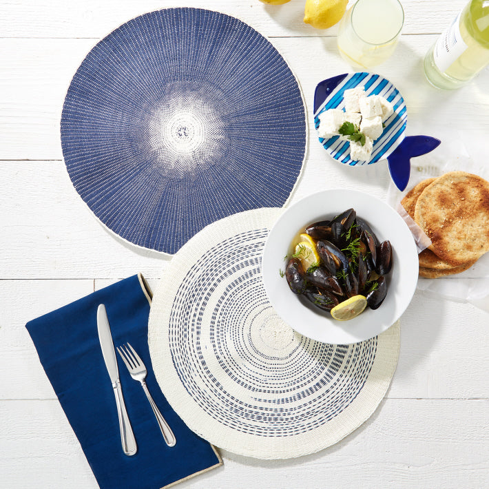 Andromeda Round Woven Placemats (Set of 4)