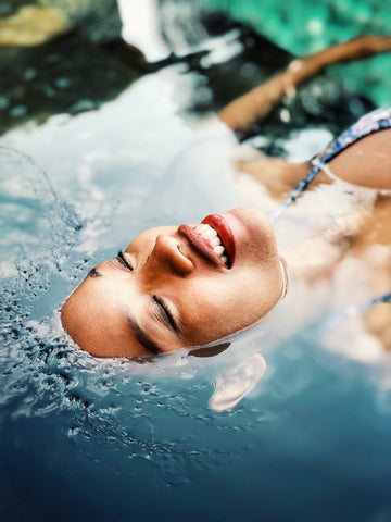 4 Healthy Ways to Protect Your Skin During Summer