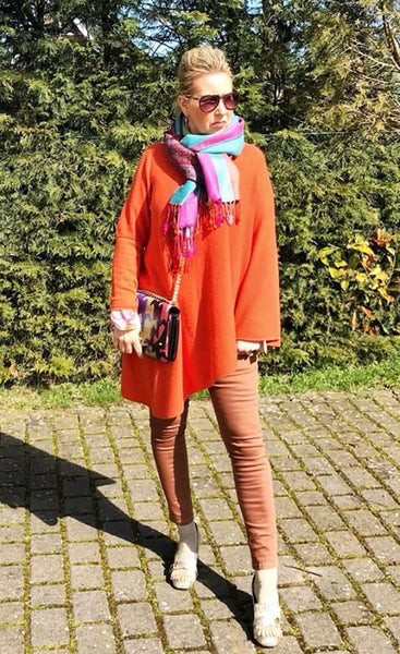 One sleeve cashmere poncho in Orange
