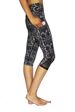 Black Lace - Pocket Capri