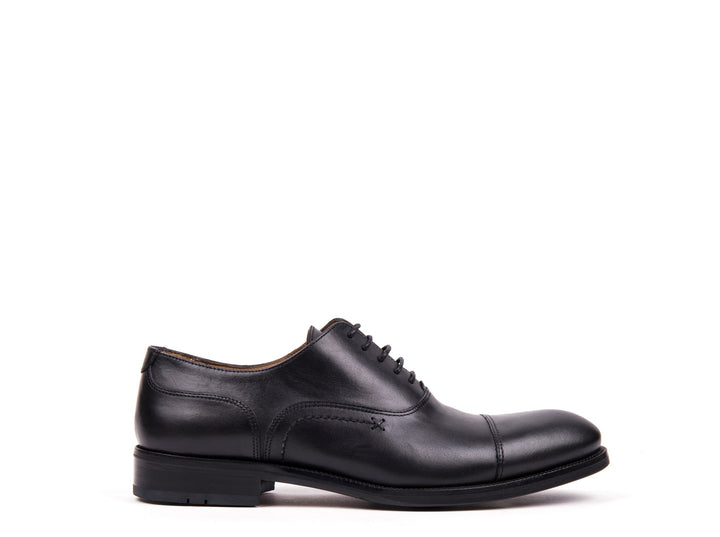 Oxford Cap Toe // Black Leather