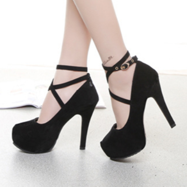 Black straps with high heels YV40496