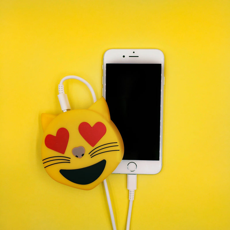 Smitten Kitten Emoji Power Bank