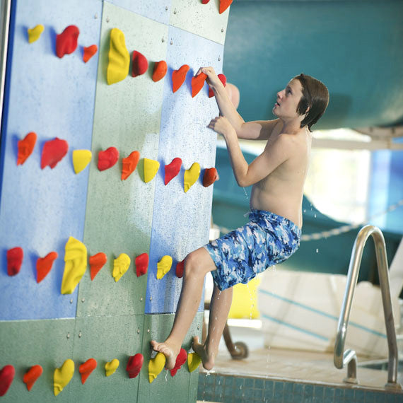 Kersplash Pool Climbing Wall with Colored Panels