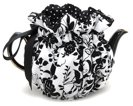 Ebony Rose Tea Cozy