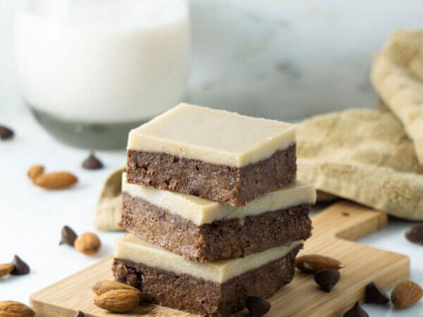Peppermint Almond Pulp Brownies