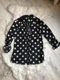 Black-and-white polkadot 3/4 sleeve shirt